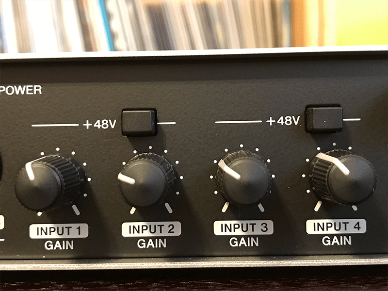 Front-panel input gains on each channel of the Steinberg UR44 USB audio interface
